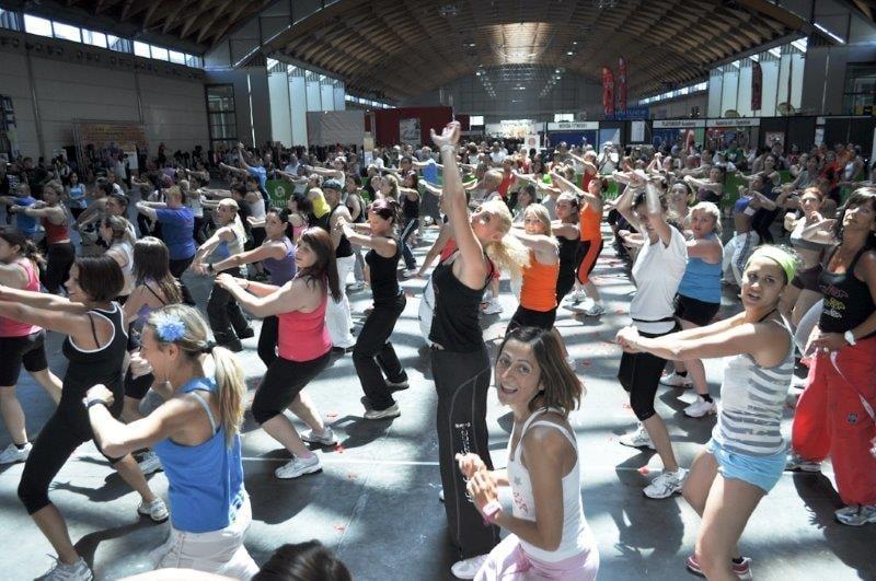 FITNESS DANCE SHOW: sarà a Venaria Reale (To)  il travolgente spettacolo che  unisce  fitness e spettacolo