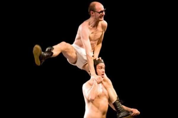 Slips Inside :   un esilarante spettacolo di circo-teatro al Teatro Manzoni di Milano