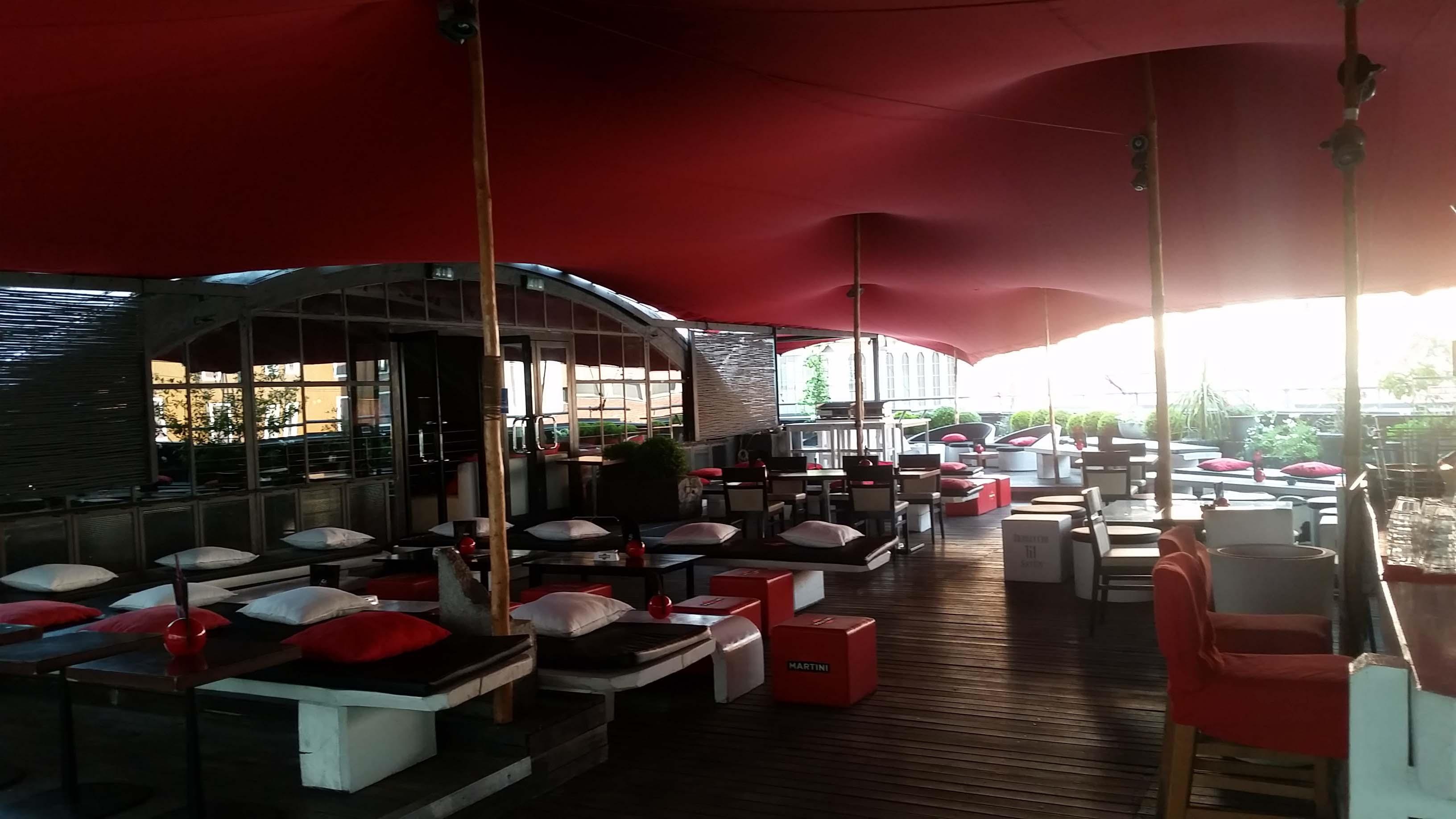 55 Milano: Apre la terrazza più glamour della citta\' - Le News