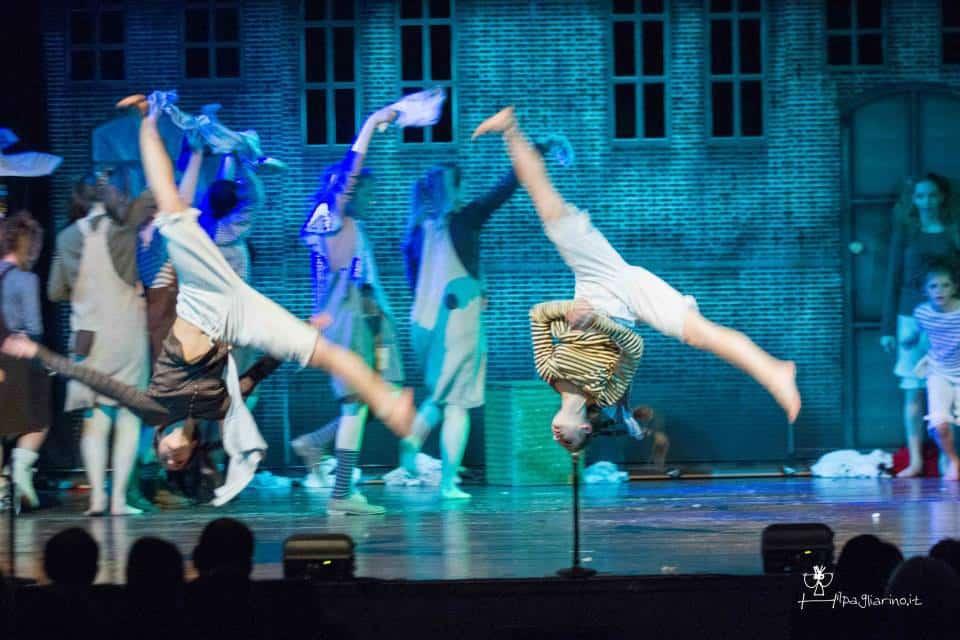 Il musical Annie a Natale al Teatro Silvestrianum di Milano