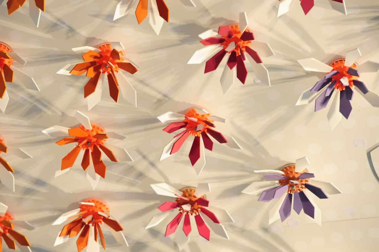 Pixartprinting_Il piacere ti ruba l'anima_close up fiori_installazione_300dpi