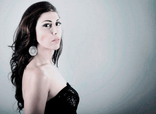 "Aisha: ""Kali"" in Hit Parade Dance #Green Valley con tracce di Bob Sinclar e Benny Benassi"