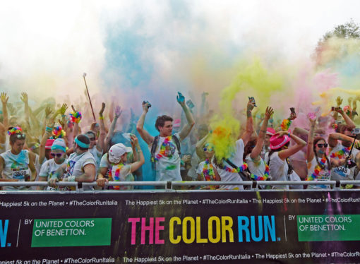 Parte il 20 maggio da Bologna The Color Run Dream World Tour 2017