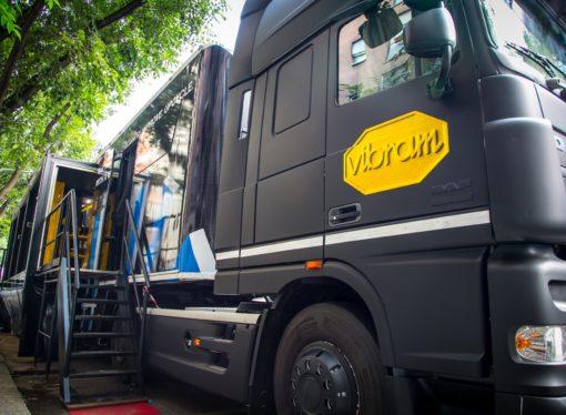 Il truck Vibram Sole Factor porta il Carrarmato sui Navigli, in un weekend dedicato alle due ruote