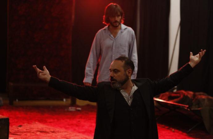 Lo spettacolo Quaranta gradi apre la stagione di Teatro Libero