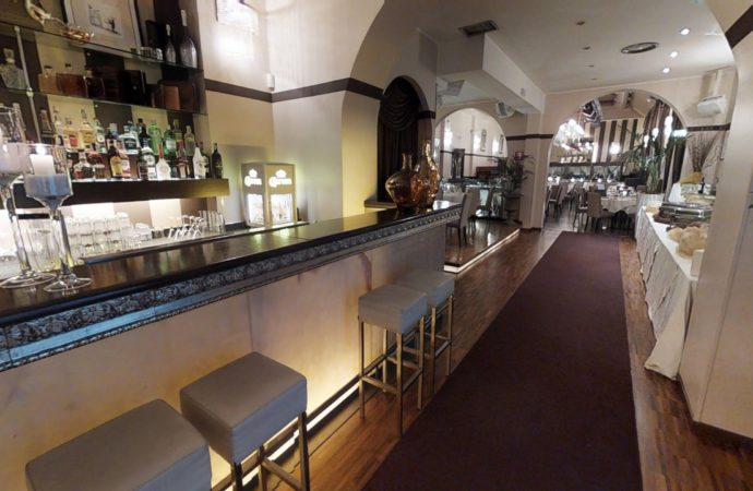 Socialize, il mercoledì di Cost disco restaurant Milano