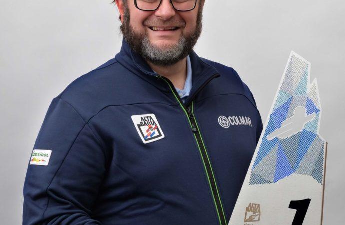 L'artista Daniele Basso illumina di cristalli Swarovski®i trofei ski world cup alta badia 17/18 dicembre 2017