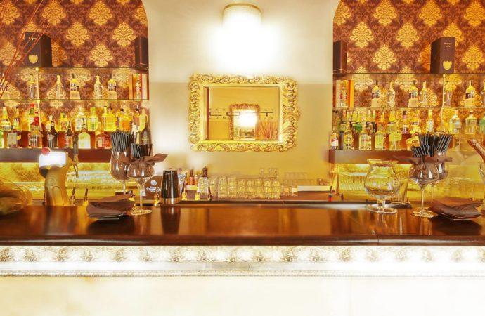 Cost Disco Restaurant Milano: a dicembre il divertimento continua, tra dinner show, live music e dj set scatenati!
