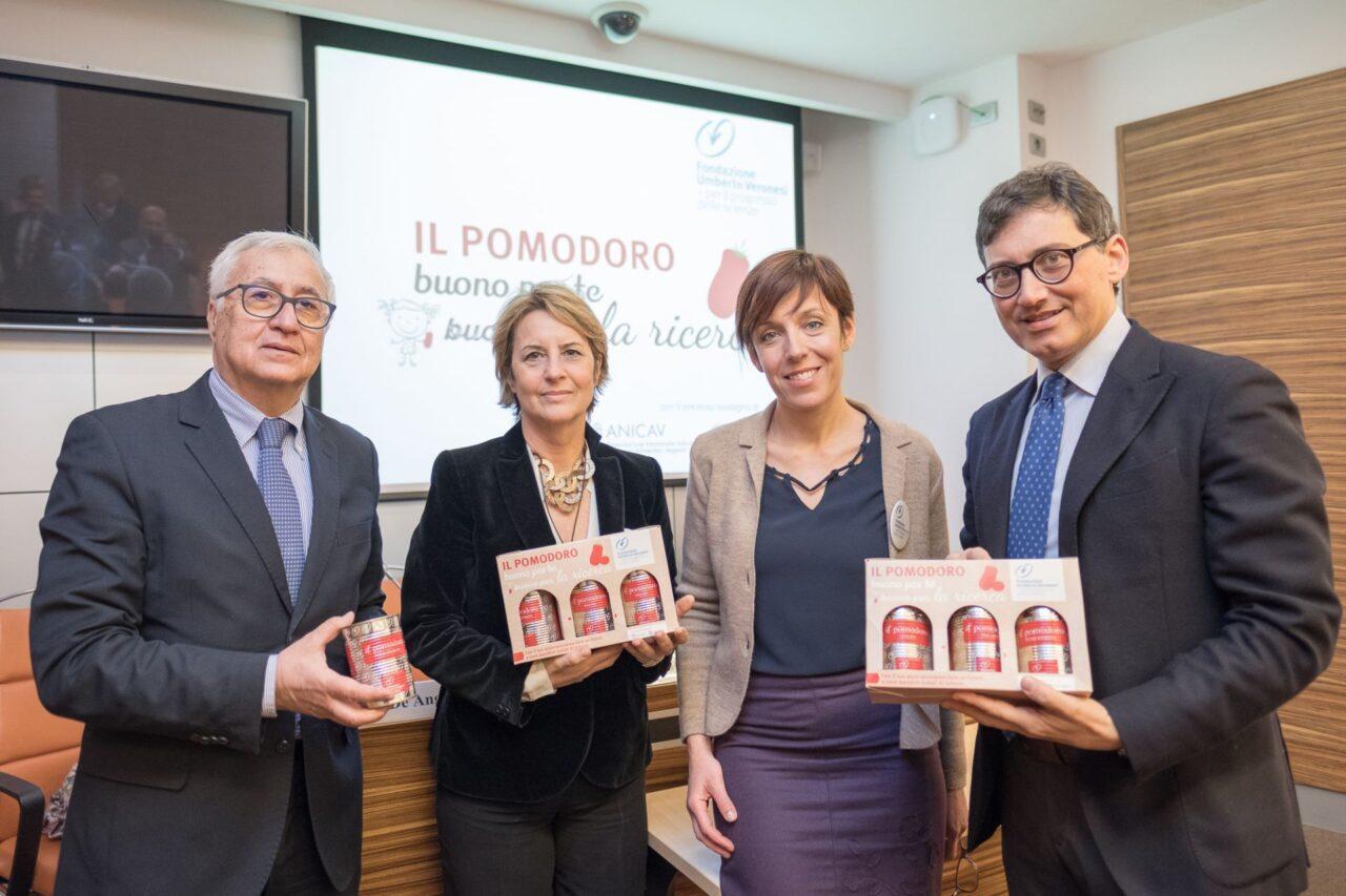 Il pomodoro scende in piazza con Fondazione Veronesi a sostegno della ricerca nella lotta contro il tumore pediatrico