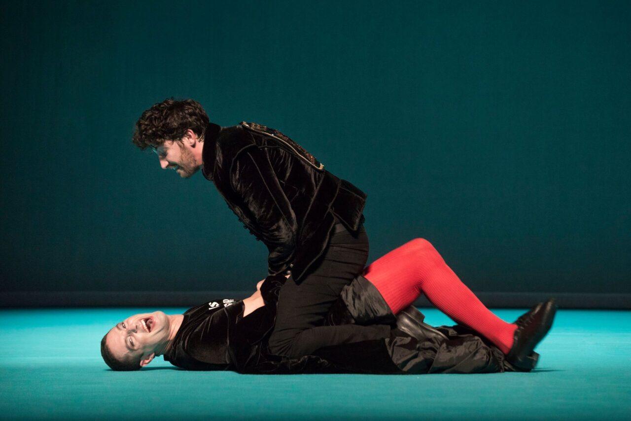 Al Teatro Carcano va in scena La Bisbetica domata di William Shakespeare