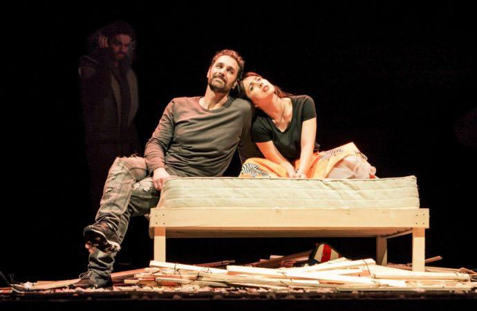 Al Teatro Manzoni Raoul Bova e Chiara Francini protagonisti di DUE