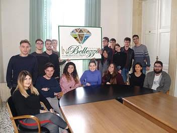 """Evento nazionale a Lecce dal 24 al 27 maggio 2018: La bellezza ci salverà? Questi giovani ci credono e la celebrano con il """"Festival InBellezza"""""""