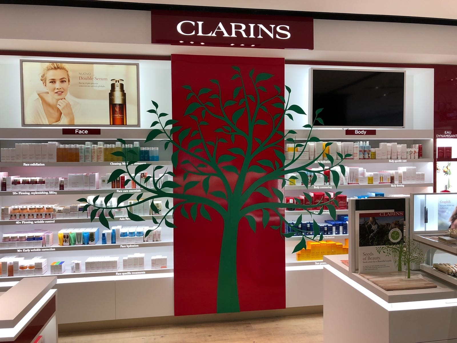 Iniziativa ecologica Clarins all'evento The Green Life in Rinascente