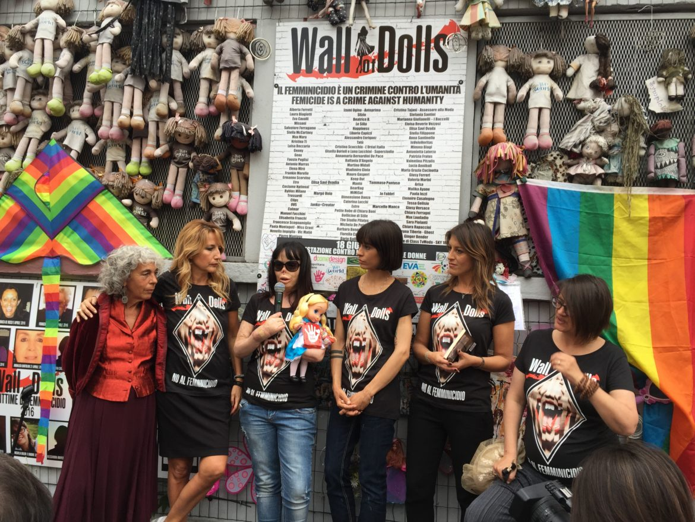 Mettiamo fine alla strage delle donne! A Milano una manifestazione pacifica