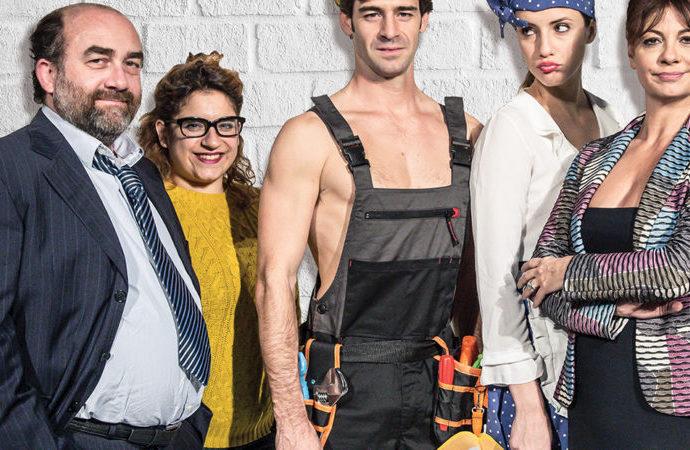 Al Teatro Martinitt  la divertente commediaFreddy Aggiustatutto, foto amara del mondo dei reality in tv