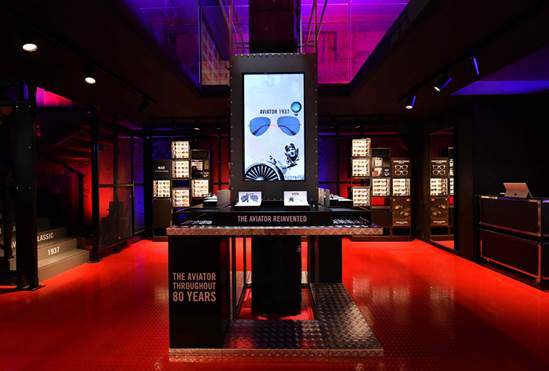 Ray-Ban pop-up store in Milano