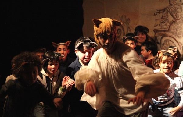 Al Teatro della Luna la fiaba Il Gatto con gli stivali