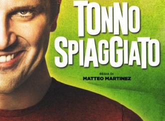 Tonno spiaggiato, al cinema una divertente commedia con Frank Matano