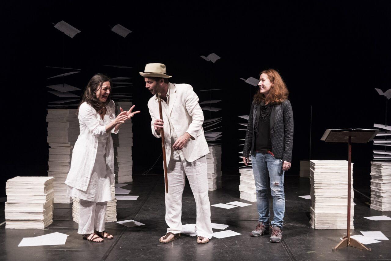 Al Teatro Manzoni di Milano Atir Teatro Ringhiera mette in scena Di a da in con su per tra fra Shakespeare