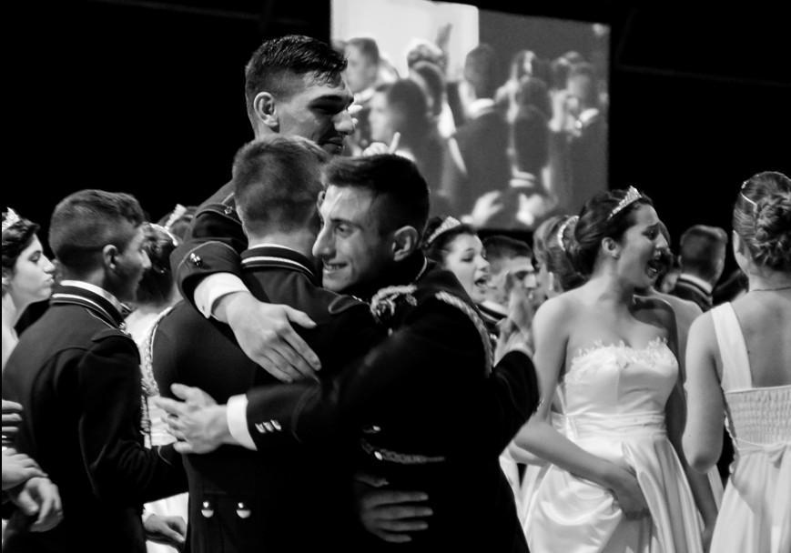 La forza e il sorriso Onlus al Gran Ballo delle Debuttanti della Scuola Militare Teuliè di Milano