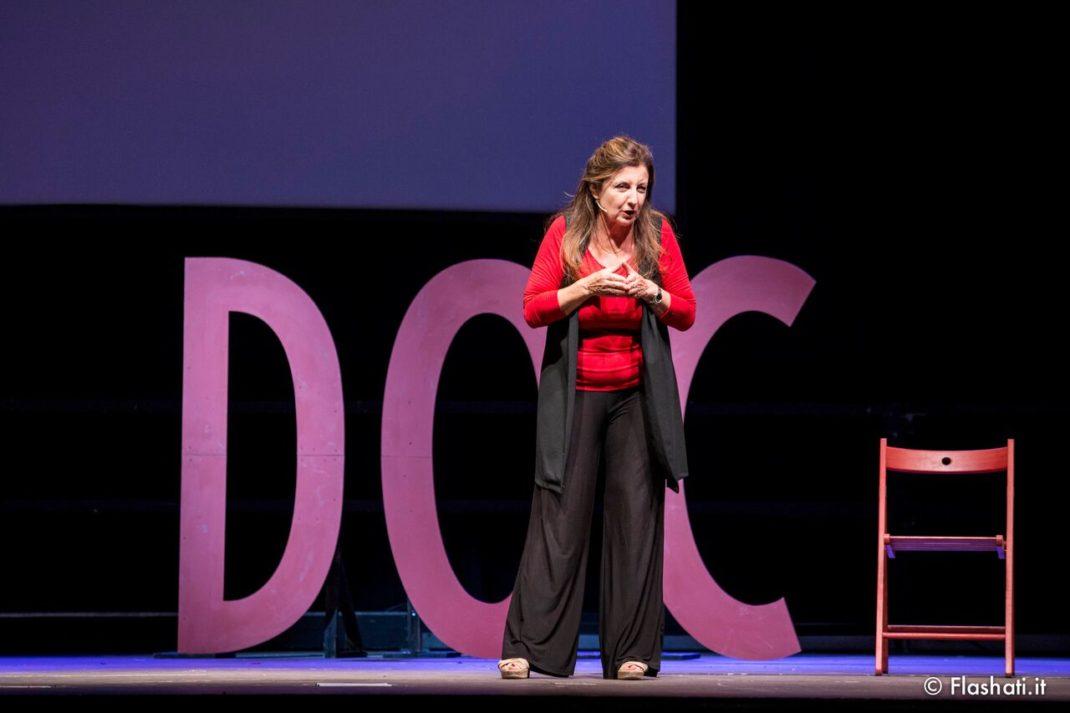 Al Teatro Manzoni Francesca Reggiani in Doc-Donne D'origine Controllata