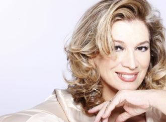 Al Teatro Nuovo di Milano va in scena Iva Zanicchi: una vita da zingara