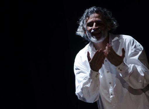 Enrico Lo Verso in Uno Nessuno Centomila al Teatro San Babila