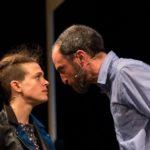 Al Teatro Leonardo i conflitti tra padri e figli protagonisti della pièce Beata Gioventù