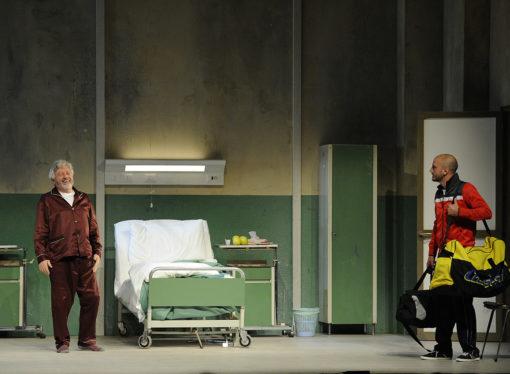 Al Teatro Martinitt lo spettacolo L'Operazione, tra umane debolezze e un pizzico di amarezza …