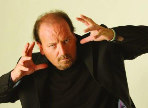 """Flavio Oreglio al Teatro Oscar in """"Una vita contromano"""""""