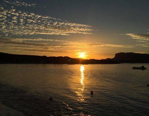 Fino Beach – Golfo Aranci (OT): ogni venerdì ci si scatena con Bàilame