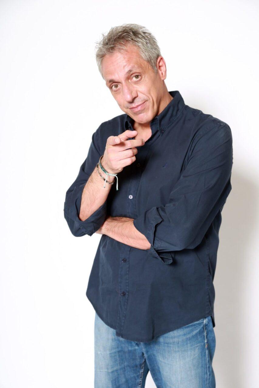 Teatro Delfino: Max Pisu apre la stagione con la sua comicità surreale