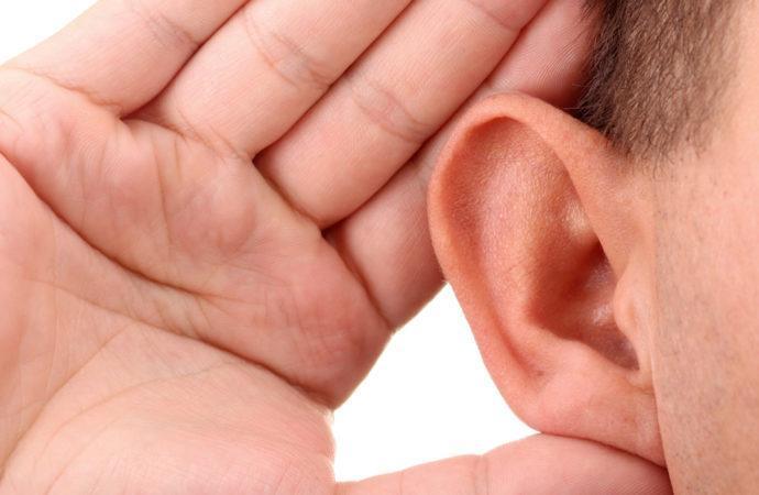 Problemi di udito in Italia: otto milioni ne soffrono ma solo la metà si cura