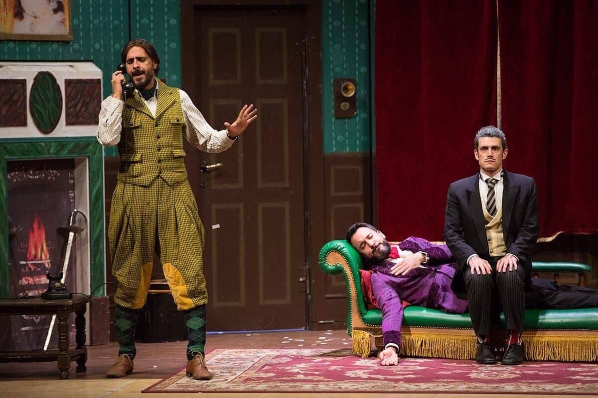 """Il divertente spettacolo """"Che Disastro di Commedia"""" al Teatro San Babila"""