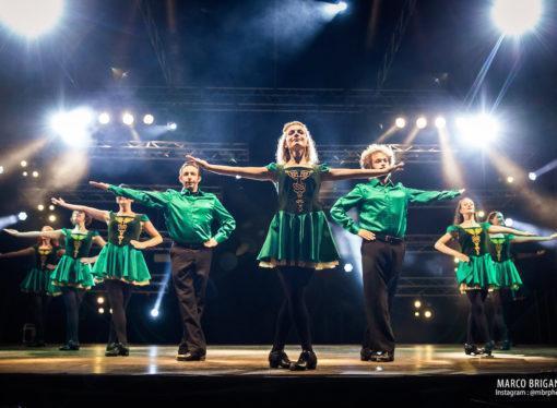 """""""AN IRISH CHRISTMAS  TALE""""   spettacolo ideato e prodotto dall'Accademia di Danze Irlandesi Gens d'Ys, in scena 13 dicembre 2019, alle ore 20:45, all'EcoTeatro di Milano."""