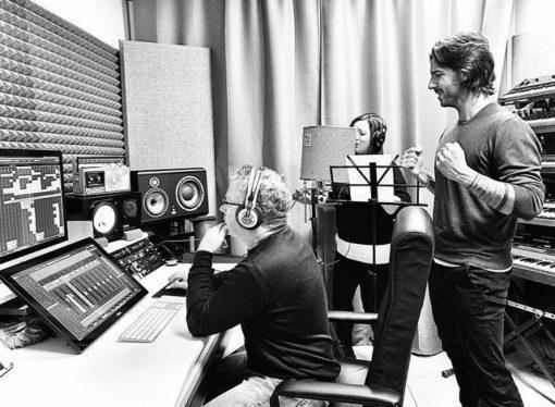 """Samuele Sartini: è la volta di """"Symphony"""", mentre è al lavoro in studio con Amanda Wilson"""