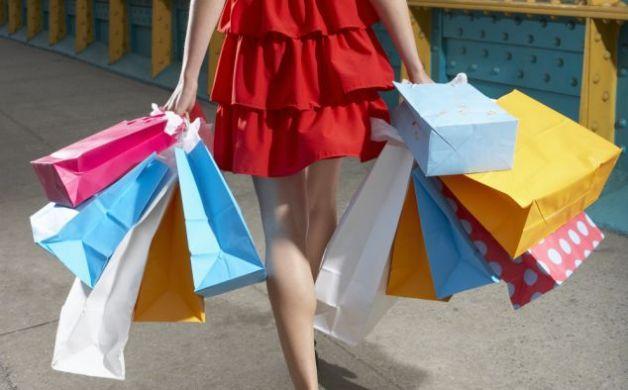 SEMrush: durante i saldi invernali gli italiani preferiscono lo shopping on line