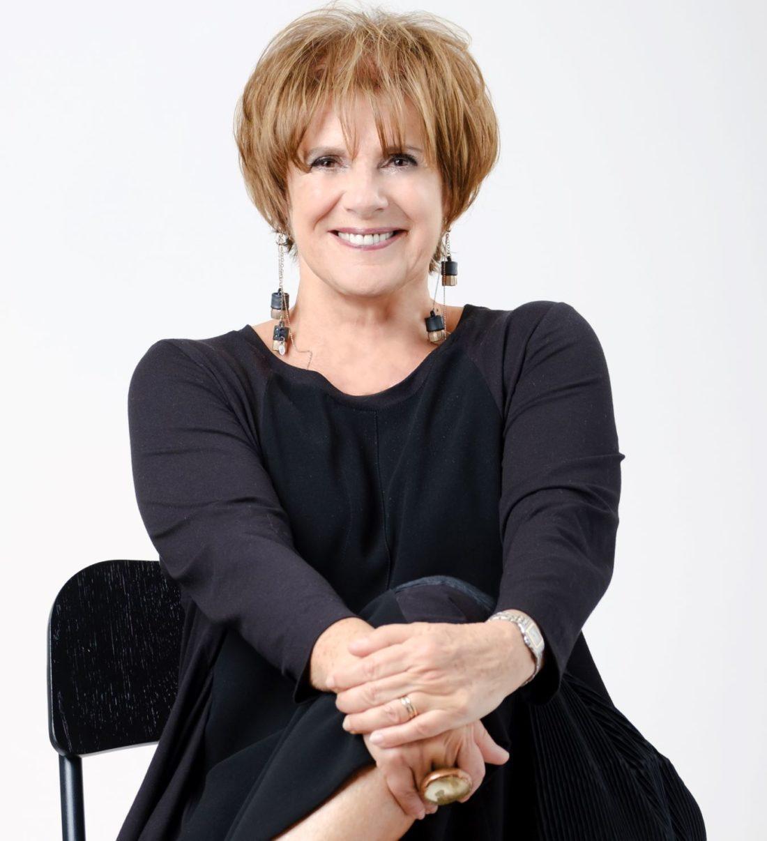 Teatro Carcano: QUESTIONI DI CUORE con Lella Costa