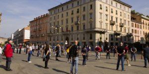 Le Mascherine Tricolori nuovamente in piazza a Milano contro il Governo