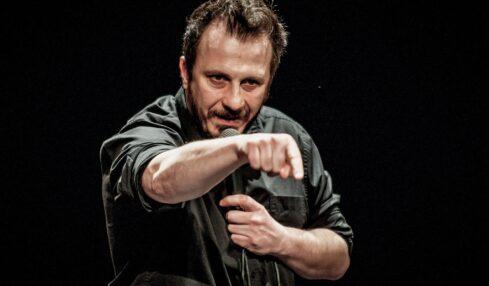 Arena Milano Est:Giorgio Montanini in Come Britney Spears