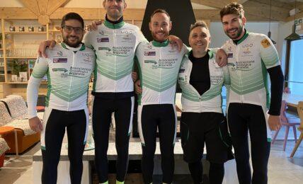 SOLIDARIETA' A MILANO,,In bici per aiutare ,l'Associazione Oncologica Milanese