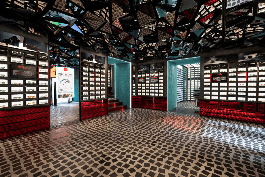 Ray-Ban: primo store monomarca a Napoli